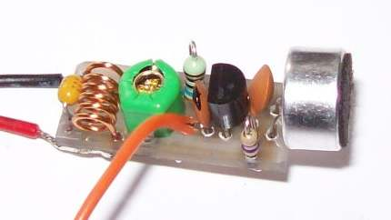 Миниатюрный жучок на одном транзисторе