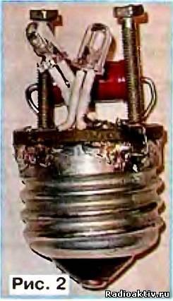 Простая светодиодная лампа для лестничной площадки