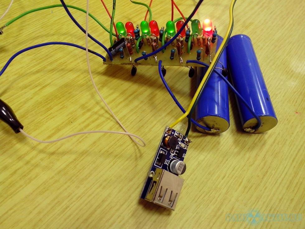 Что сделать из автомобильного аккумулятора своими руками